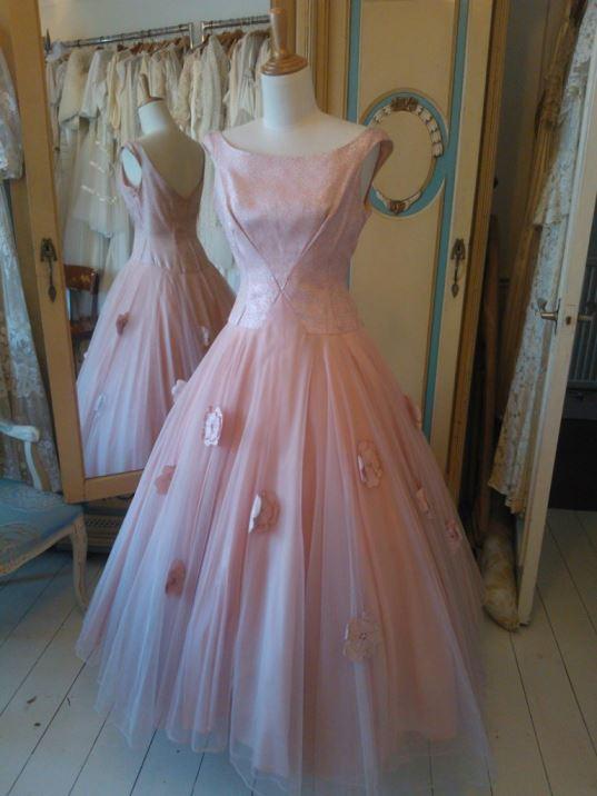 Abigails Bridal pink 1950s vintage dress