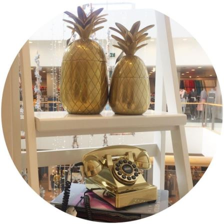 Its all about gold in johnlewisretail today All with ahellip