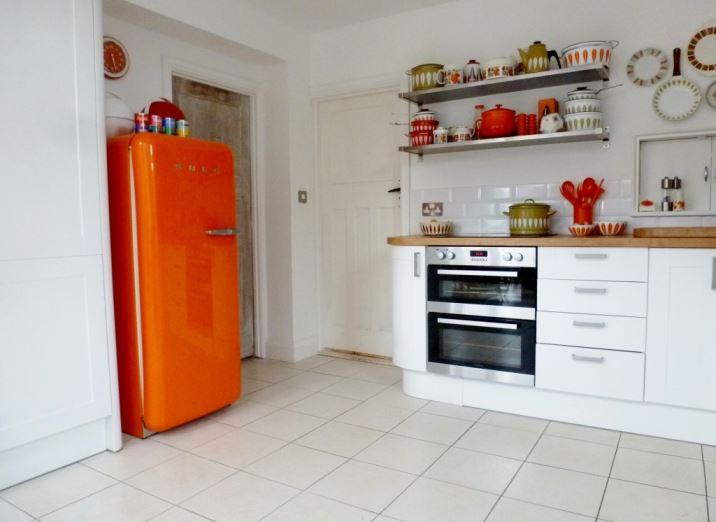 retro vintage kitchen 1960s orange smeg kate beavis