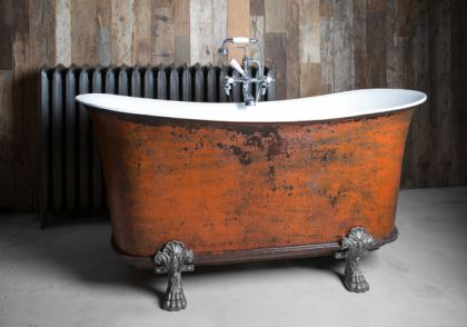 Vintage Styling Tips - Adding value to your vintage loving home - salvaged bath via Your Vintage Life by Kate Beavis