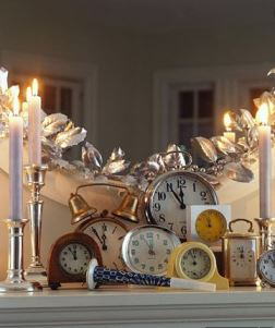 Vintage Styling Tips - new years eve party - clocks via Your Vintage Life by Kate Beavis