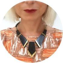 Vintage necklace jewellery on Kate Beavis blog