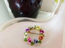 Vintage flower enamel brooch from kate Beavis
