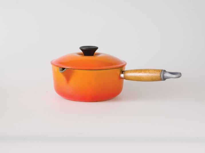 Vintage kitchen brands Le Creuset by Kate Beavis Vintage Home (photo by Simon Whitmore for FW Media)