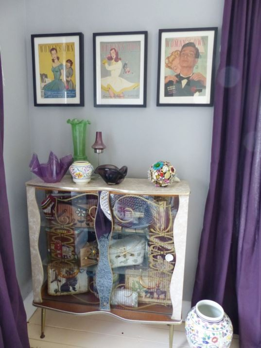 Kate Beavis vintage 1950s 1960s bedroom