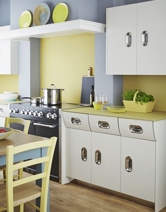 John Lewis of Hungerford English Rose 1950s vintage inspired kitchen as featured on Kate Beavis Vintage Home blog