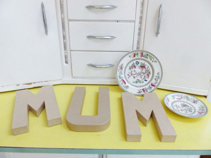 DIY Tutorial: vintage ceramic mosaic letters as featured on Kate Beavis Vintage Home blog