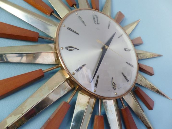 Vintage starburst clock as featured on Kate Beavis Vintage Blog