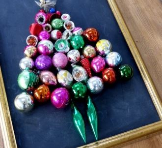 Vintage Christmas bauble decoration ideas as featured on Kate Beavis Vintage Home blog