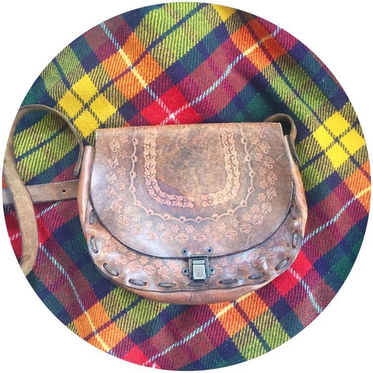 1960s tooled leather handbag on Kate Beavis blog