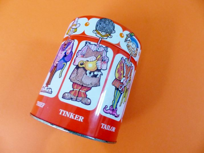 Vintage Cadburys Chocolates tin as featured on Kate Beavis.com