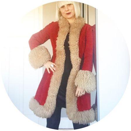 Possibly the BEST Christmas coat ever! vintage coat vintagecoat fashionhellip
