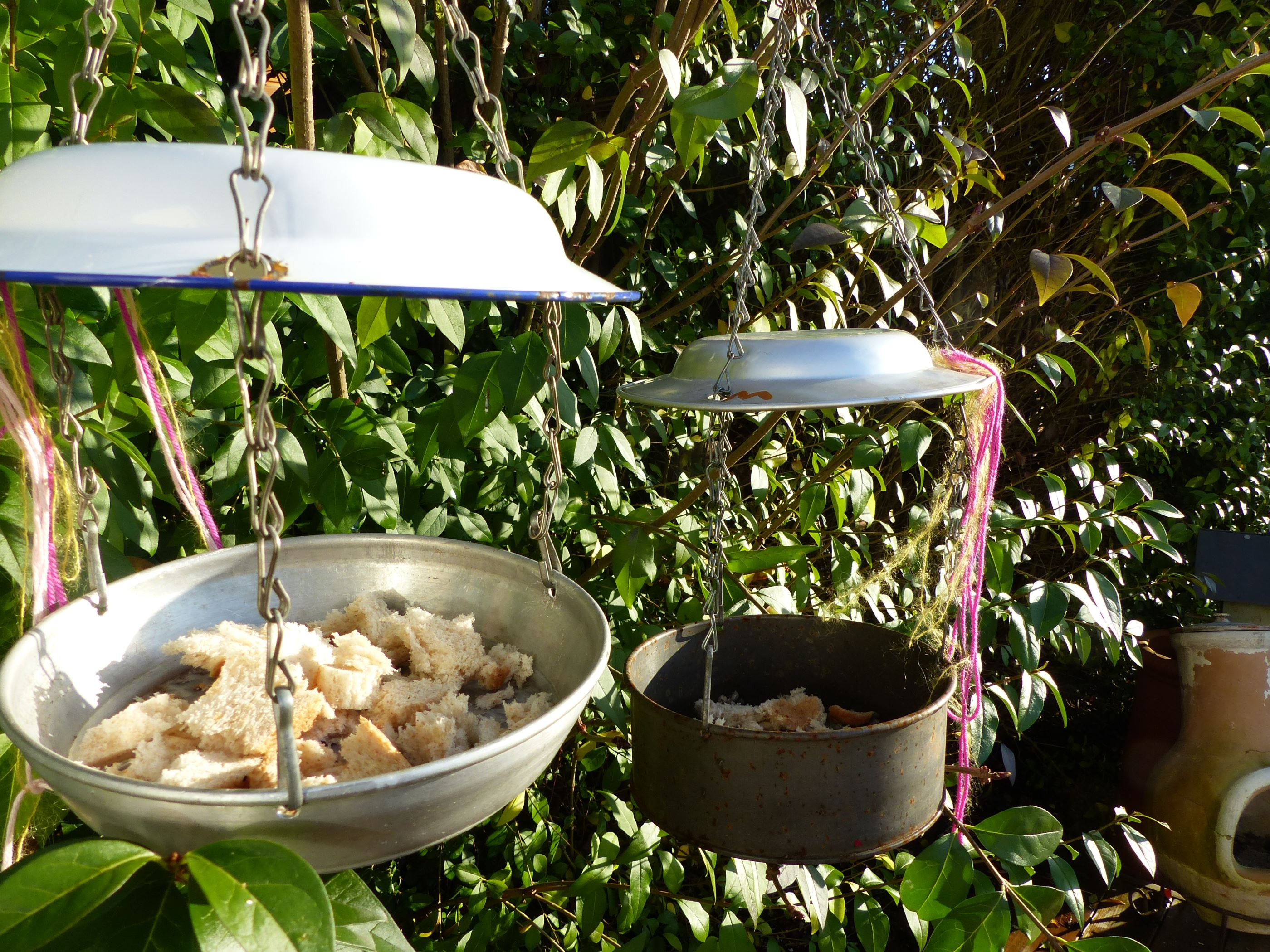 how to make an upcycled bird feeder using vintage enamel