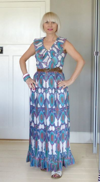 How to wear a vintage maxi dress blog 4