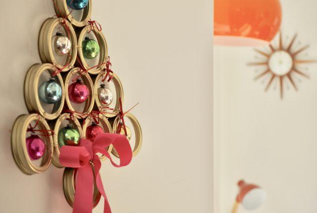 How to make a Christmas Tree Wreath using Kilner Jar Screw Bands
