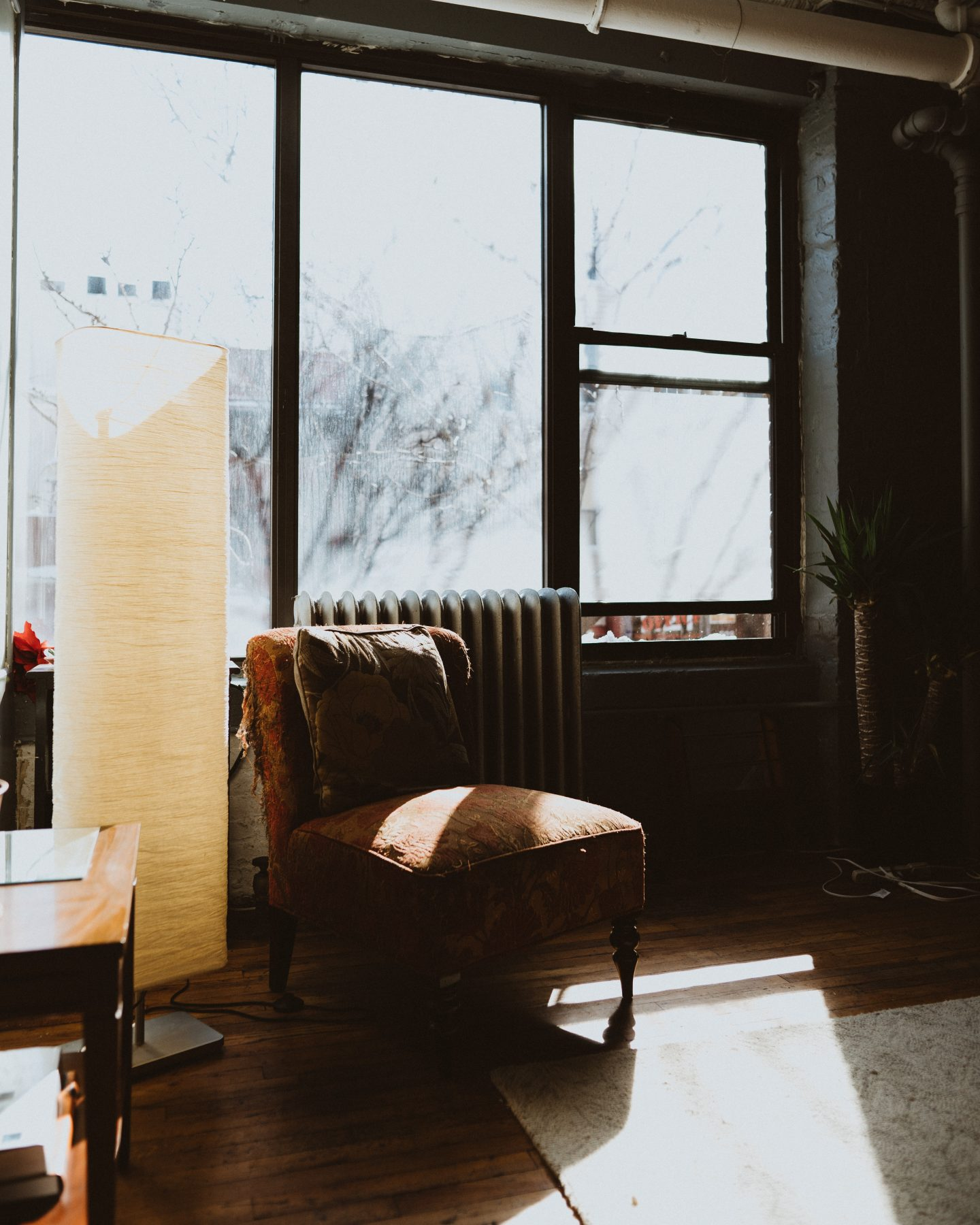 5 simple ways to create a cosy house home this Winter - Mid Century Lounge