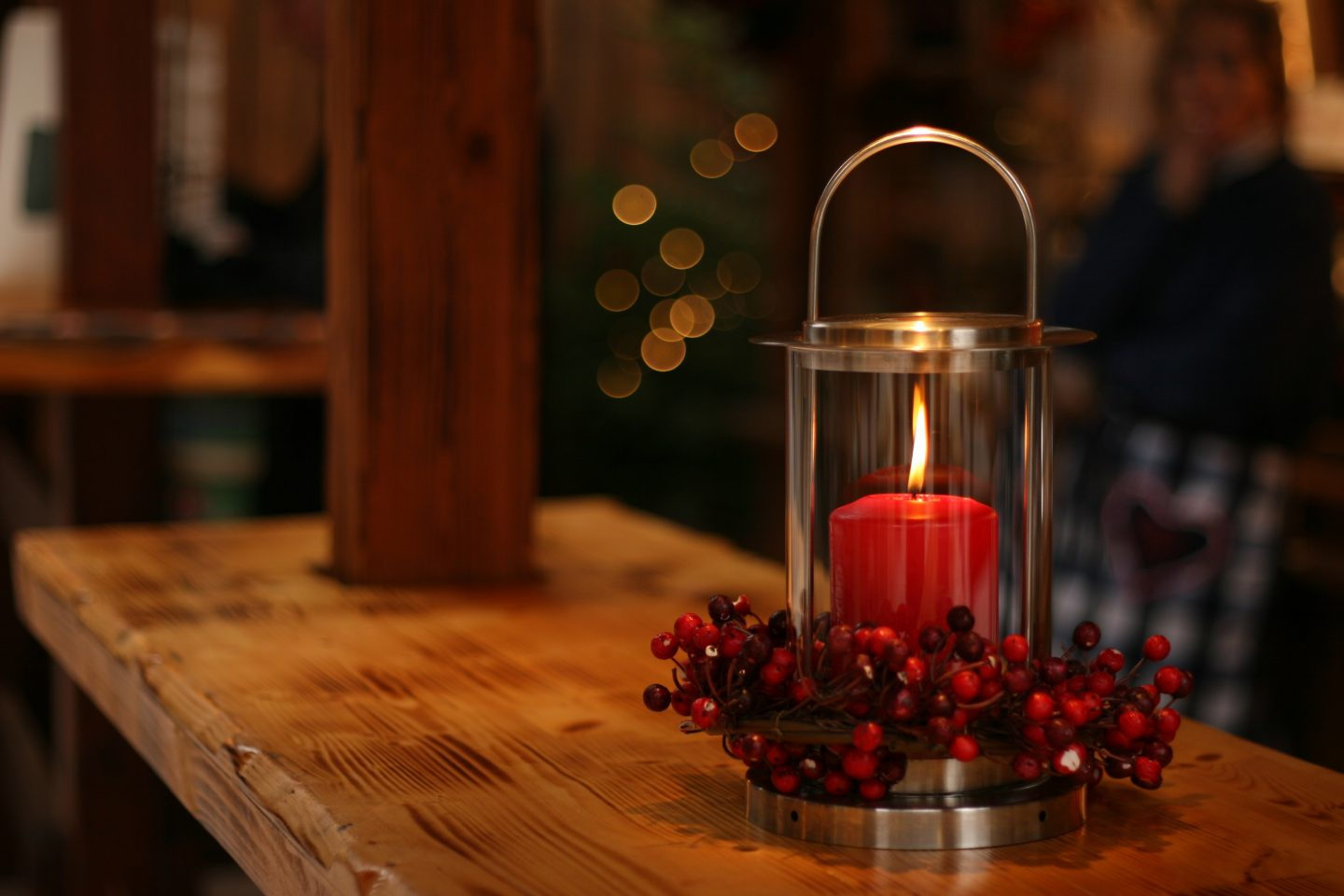 5 simple ways to create a cosy house home this Winter - candles